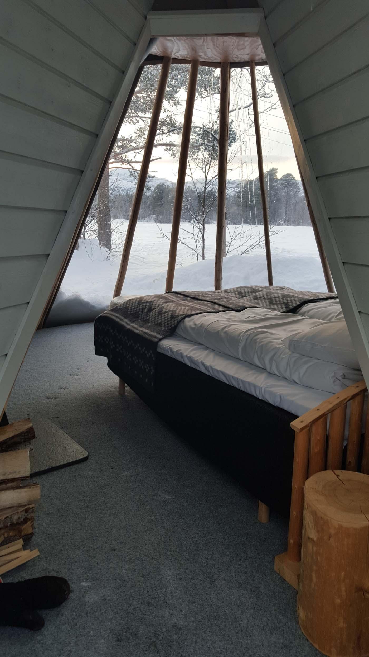 Holmen Husky Lodge In Kvaenangen Norway Glamping Com