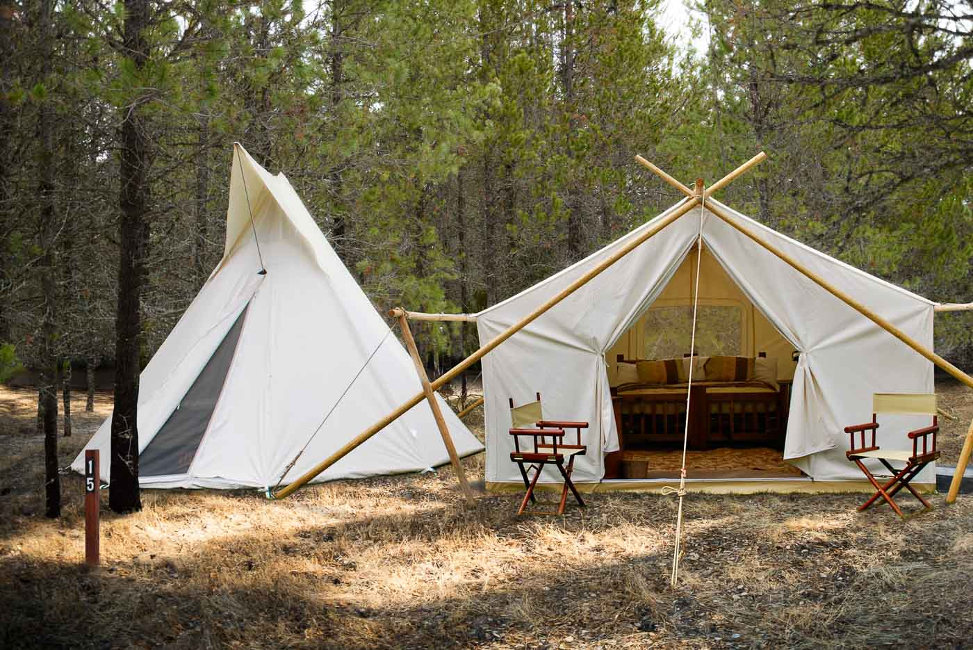Glacier Under Canvas is located seven miles from the breathtaking Glacier National Park where peaks touch the sky glaciers move the earth waterfalls carve ... & Glacier Under Canvas | Glamping.com