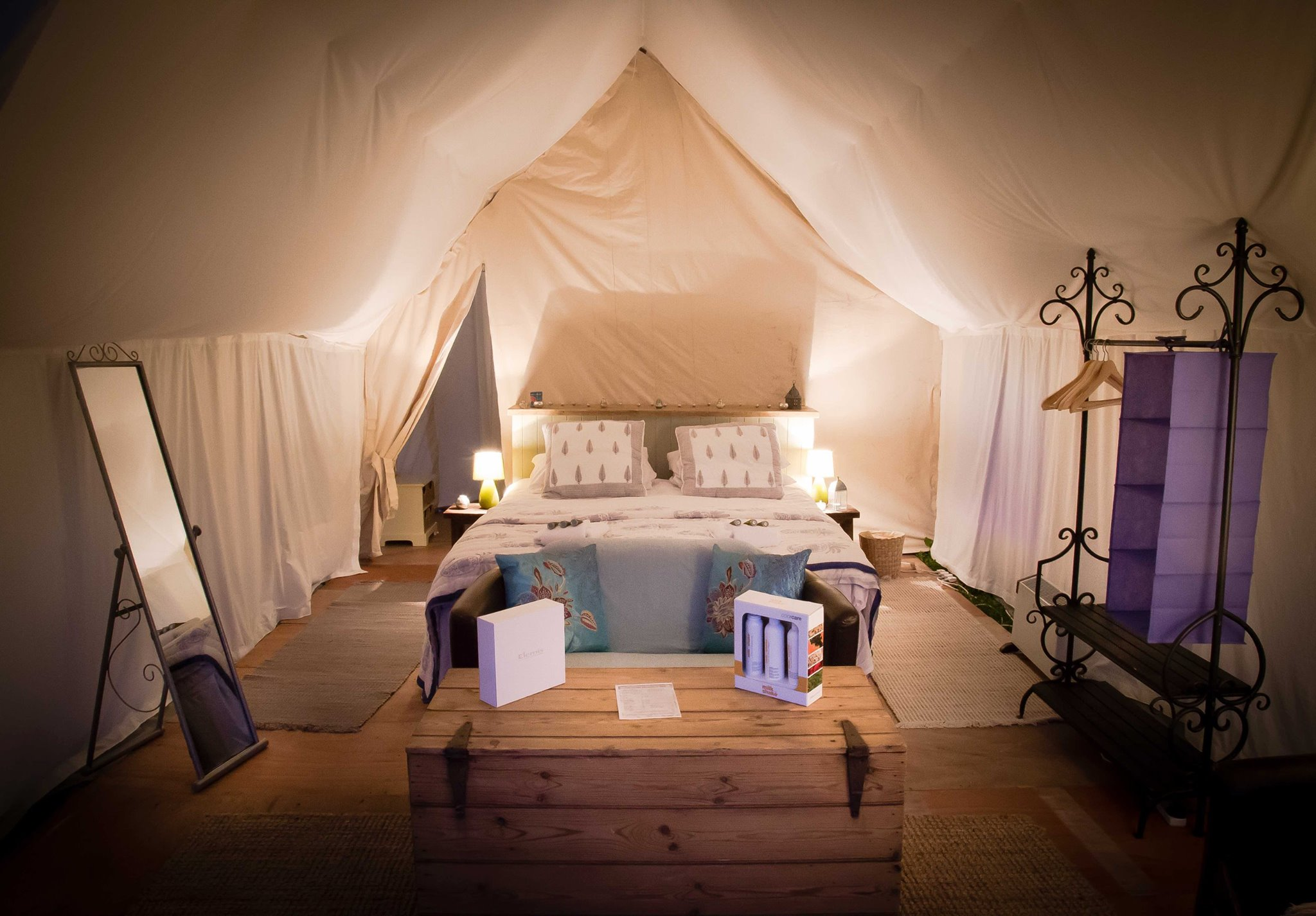 The Pop Up Hotel In England United Kingdom Glamping Com